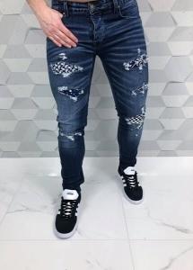Klasyczne ciemne męskie jeansy z przetarciami i wzorami