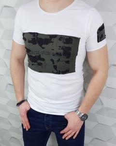 Bialy meski T-shirt z napisami moro