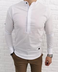 Biała męska koszula z zakrytymi guzikami