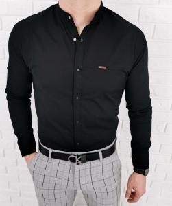 Czarna meska koszula ze stojka zapinana na kwadratowe napy