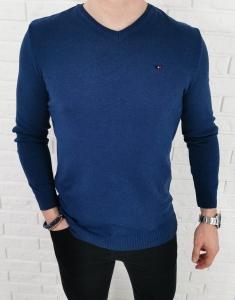 Niebieski meski sweter w serek znaczek 3454